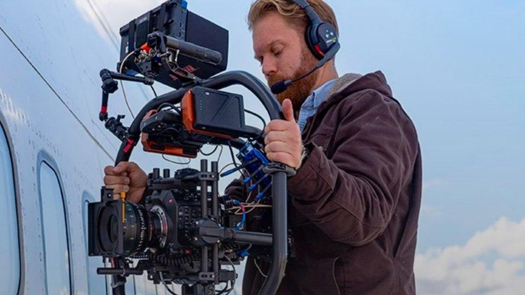 DP Steven Holleran avec le Canon C300 Mark III.  Image : Canon
