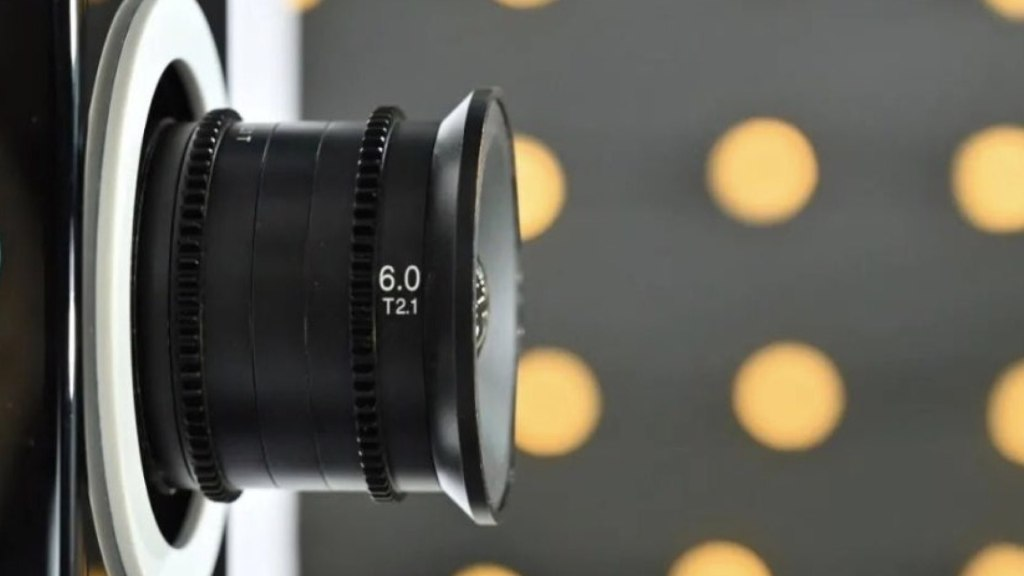Laowa MFT 6mm T2.1 Cinéma.  Image : Sightron Japon