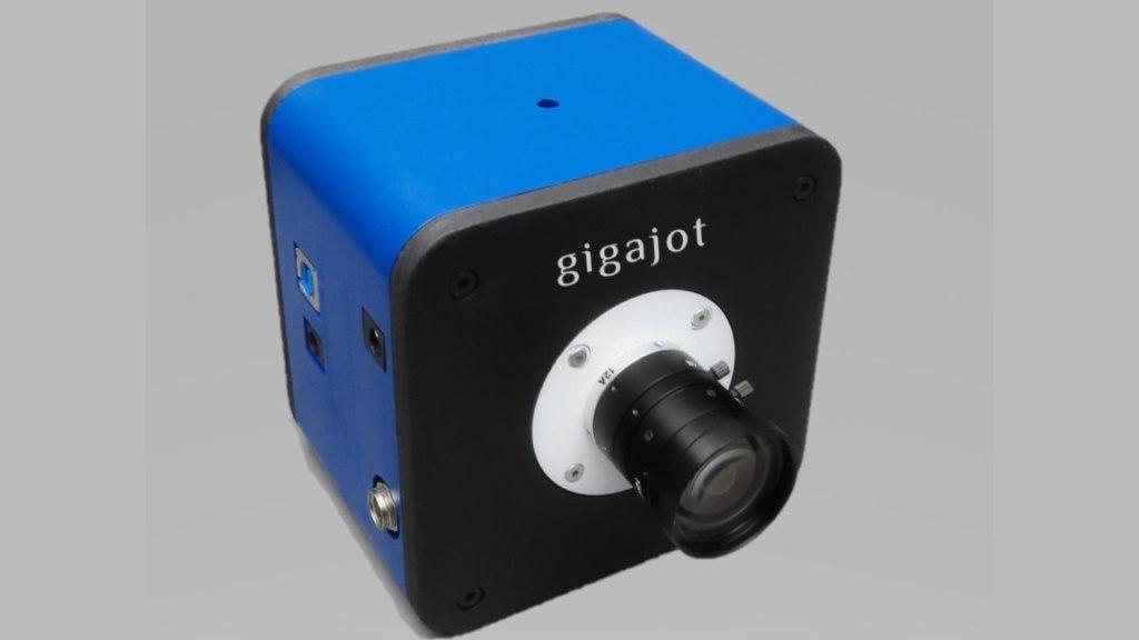 Appareil photo Gigajot DevKit avec interface USB3.0.  Image : Gigajot