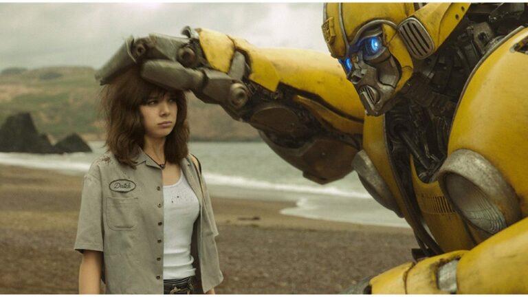 Critique de «Bumblebee»: montagnes russes émotionnelles, excellente cinématographie et voyage dans les années 80