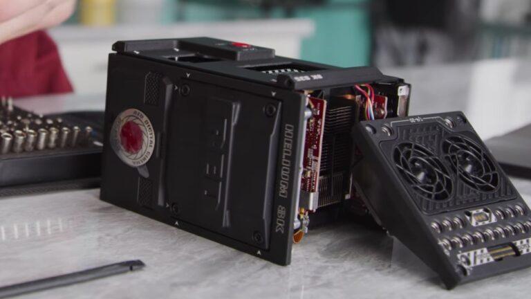 Démontage de la caméra cinéma RED HELIUM 8K